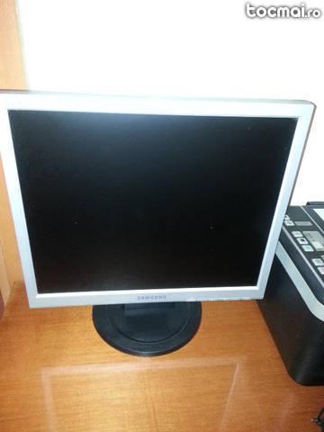Monitor LCD Samsung 720N, 17
