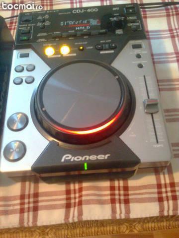 Playere Pioneer CDJ400 citesc MP3, USB, CD audio
