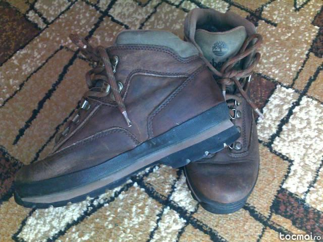Ghete Timberland nr. 39 complet piele