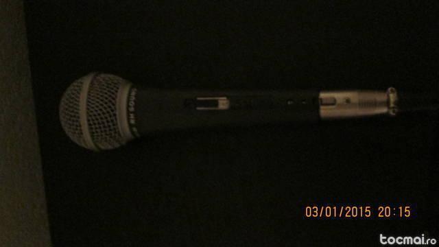 Microfon cu fir RH sound si stative microfon si partitura