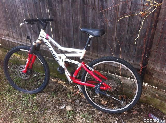 Bicicleta giant 7 viteze