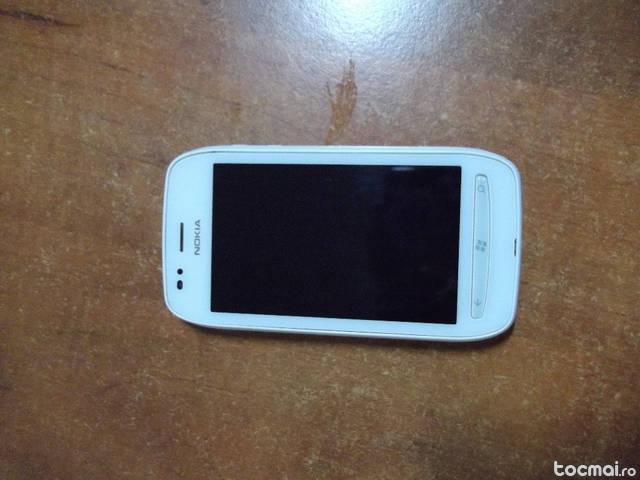 Telefon Nokia Lumia 710