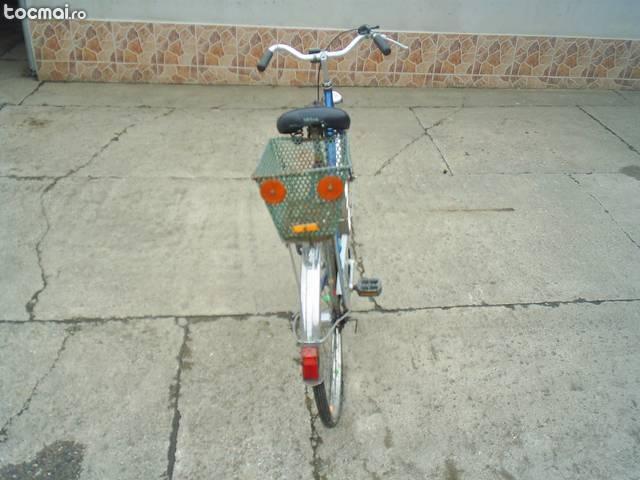 Bicicleta DHS cu 3 viteze
