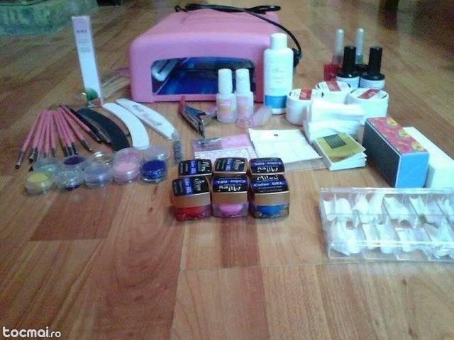 Kit pentru unghii cu gel