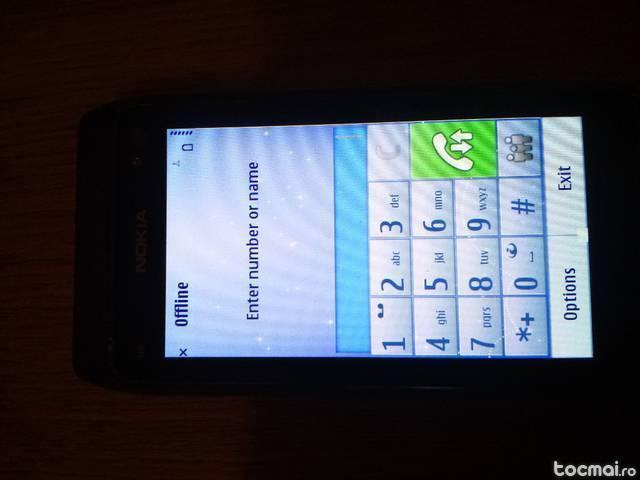 Nokia N8 cu navigatie Garmin