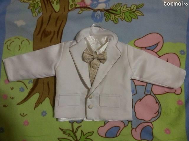 Costum de botez pentru baieti - alb cu crem