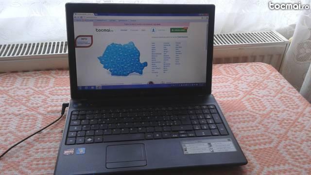 Laptop Acer 4Gb ram, placa video 2Gb