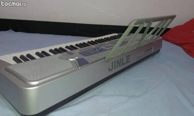 Orga electronica 5 octave