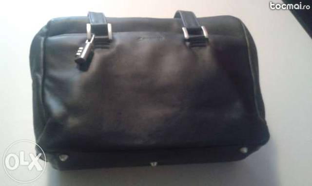 geanta moderna din piele bleumarin noua