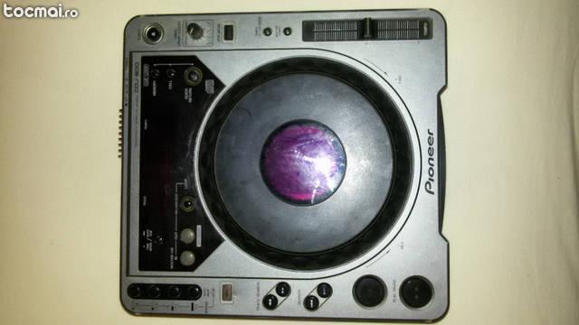 Player Pioneer CDJ 800