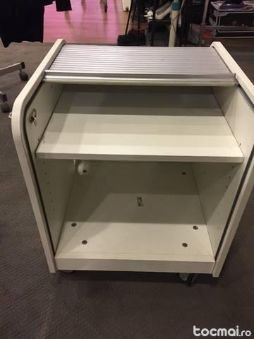 Dulapior mic din IKEA