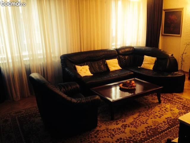 Set canapea colt piele naturala cu fotoliu