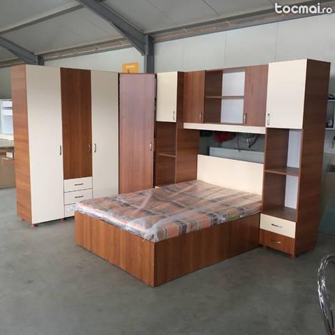 Dormitor colt